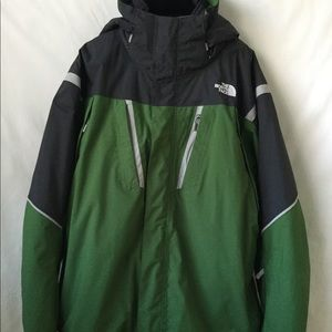 NORTH FACE JACKET VORTEX TRICLIMATE 3IN1 $290 MENS